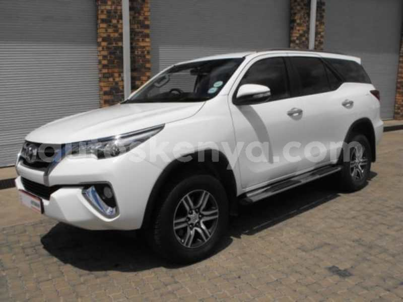Big with watermark 2016 toyota fortuner a