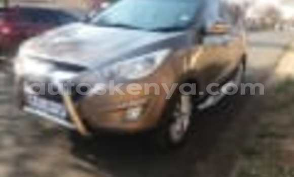 Buy Used Hyundai ix35 White Car in Nairobi in Nairobi