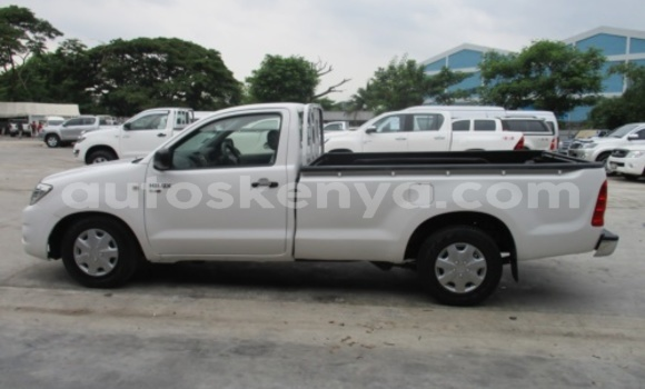 Buy Used Toyota Hilux White Car in Nakuru in Rift Valley