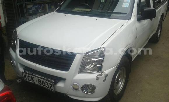 Buy Used Isuzu D–MAX White Car in Nairobi in Nairobi
