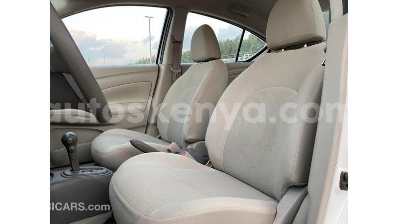 Big with watermark nissan sunny central kenya import dubai 10828