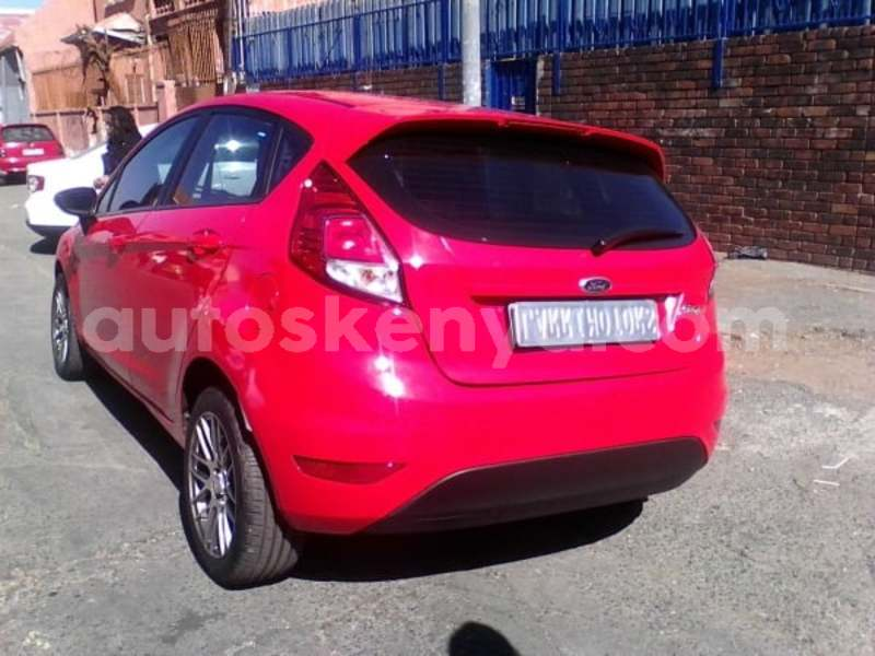 Big with watermark 2014 ford fiesta 4