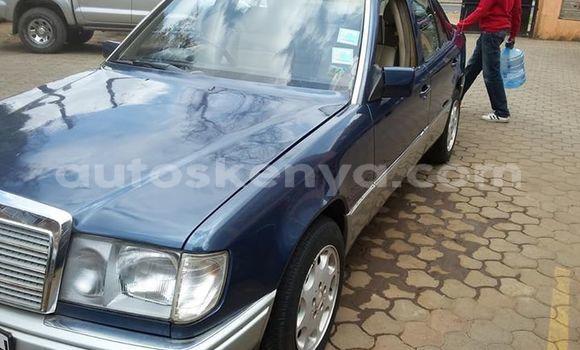 Buy Used Mercedes Benz E–Class Blue Car in Nairobi in Nairobi