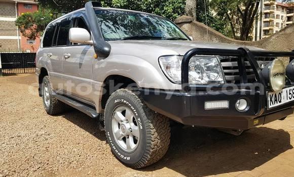 Buy Used Toyota Land Cruiser Silver Car in Nairobi in Nairobi