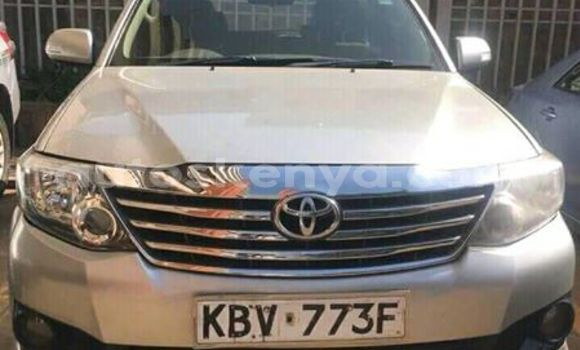 Buy Used Toyota Fortuner Silver Car in Nairobi in Nairobi