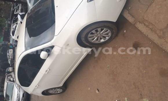 Buy Used Subaru Impreza White Car in Nairobi in Nairobi