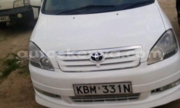 Buy Used Toyota Ipsum White Car in Nairobi in Nairobi