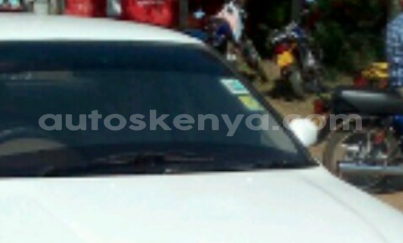 Buy Used Nissan Sunny White Car in Nakuru in Rift Valley