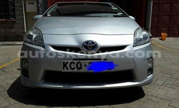 Buy Used Toyota Prius Silver Car in Nairobi in Nairobi