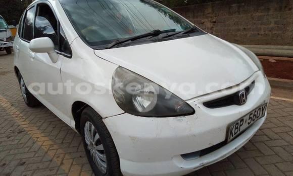 Buy Used Honda Fit White Car in Nairobi in Nairobi