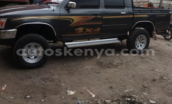 Buy Used Toyota Pickup Black Car in Nairobi in Nairobi