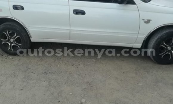 Buy Used Toyota Caldina White Car in Nairobi in Nairobi