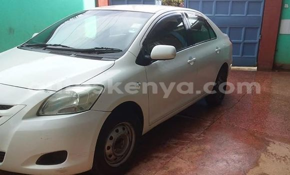 Buy Used Toyota Belta White Car in Nairobi in Nairobi