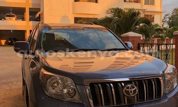 Buy Used Toyota Land Cruiser Prado Blue Car in Mombasa in Coastal Kenya