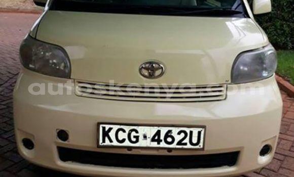Buy Imported Toyota Porte White Car in Muranga in Central