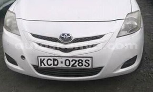 Buy Used Toyota Belta White Car in Kiserian in Nairobi