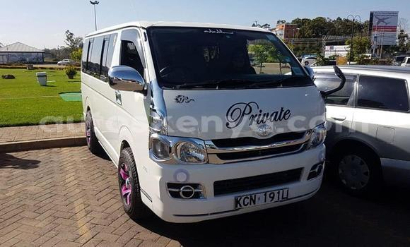 Buy Used Toyota Hiace White Car in Nairobi in Nairobi