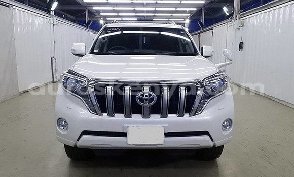 Buy Imported Toyota Land Cruiser Prado White Car in Nairobi in Nairobi