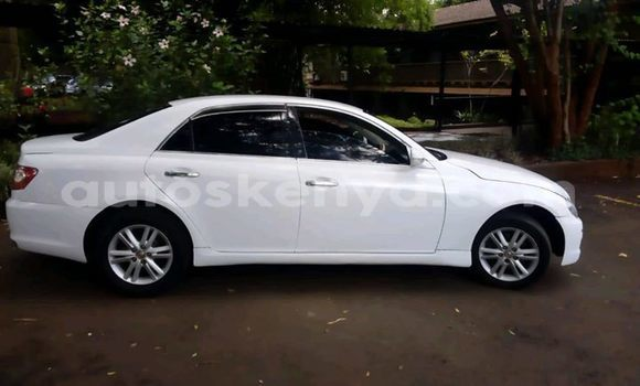 Buy Used Toyota Mark X White Car in Nairobi in Nairobi