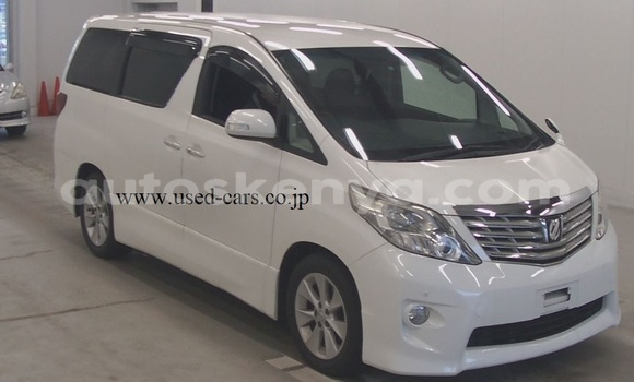 Buy Used Toyota Alphard White Car in Mombasa in Coastal Kenya