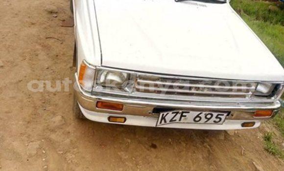 Buy Used Toyota Pickup White Car in Thika in Nairobi
