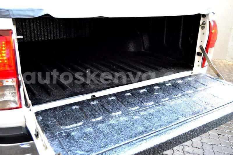 Big with watermark toyota hilux nairobi nairobi 16685