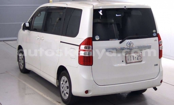 Buy Used Toyota Noah White Car in Mombasa in Coastal Kenya
