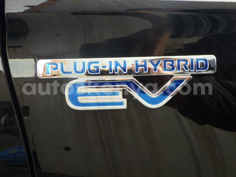 Big with watermark used car for sale in japan phev hybrid cars ev car 10