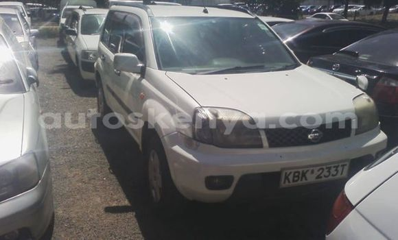 Buy Used Nissan X–Trail White Car in Nairobi in Nairobi