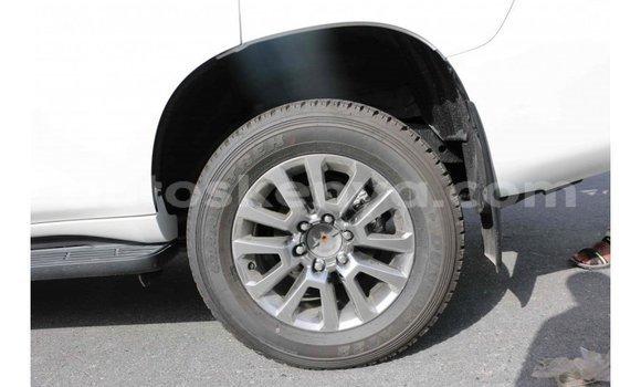 Buy Import Toyota Prado White Car in Import - Dubai in Central Kenya