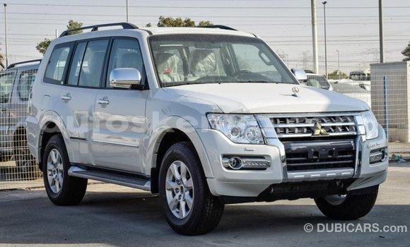 Buy Import Mitsubishi Pajero White Car in Import - Dubai in Central Kenya