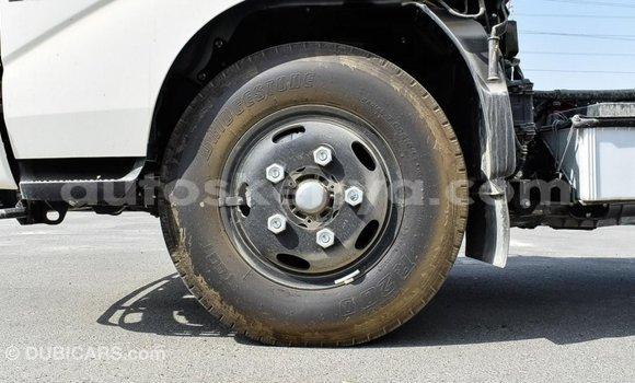 Buy Import Hino 300 Series White Truck in Import - Dubai in Central Kenya