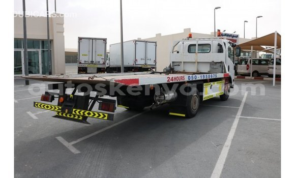 Buy Import Isuzu Bighorn White Truck in Import - Dubai in Central Kenya