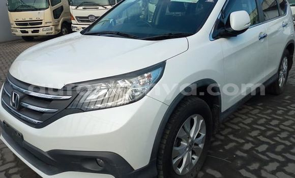 Buy Used Honda CR–V White Car in Mombasa in Coastal Kenya