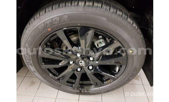 Imported Lexus LX White Makiinaa iti Import - Dubai keessatti Central Kenya keessatti