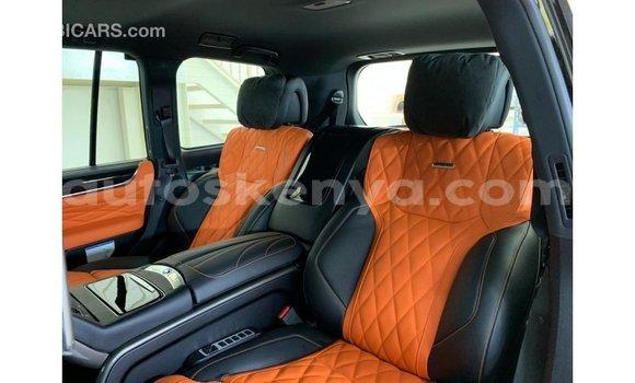 Imported Lexus LX Black Makiinaa iti Import - Dubai keessatti Central Kenya keessatti