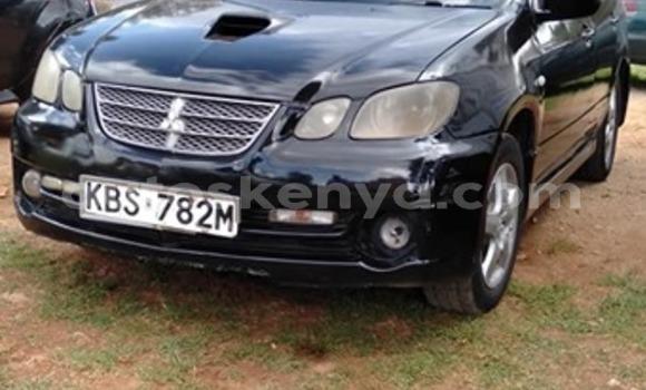Oofamaa Mitsubishi Airtrek Black Makiinaa iti Nairobi keessatti Nairobi keessatti