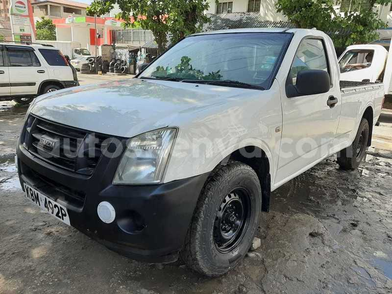 Big with watermark isuzu d%e2%80%93max coastal kenya mombasa 7159