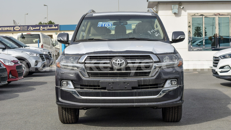 Big with watermark toyota land cruiser central kenya import dubai 7326