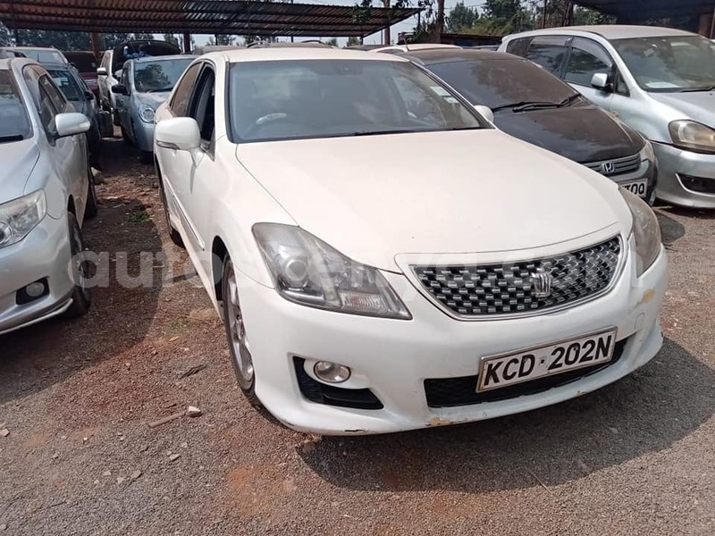 Big with watermark toyota crown nairobi nairobi 8012