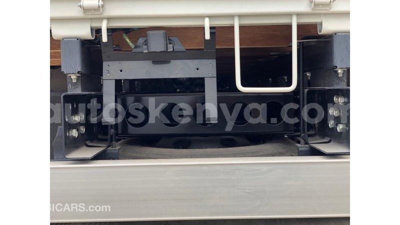 Big with watermark isuzu bighorn central kenya import dubai 8901