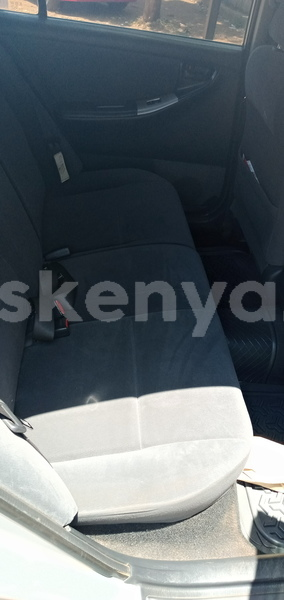 Big with watermark toyota runx central kenya thika 9229