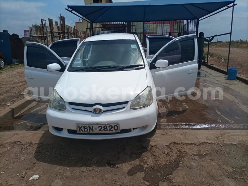 Big with watermark toyota platz nairobi nairobi 9260