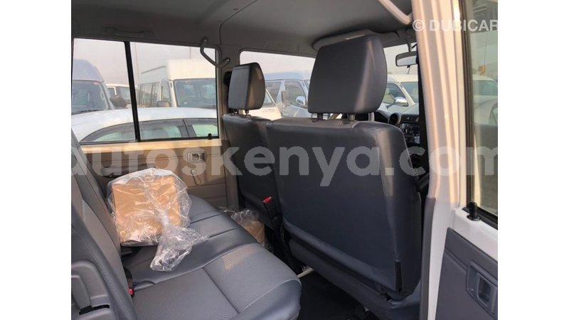 Big with watermark toyota land cruiser central kenya import dubai 9277