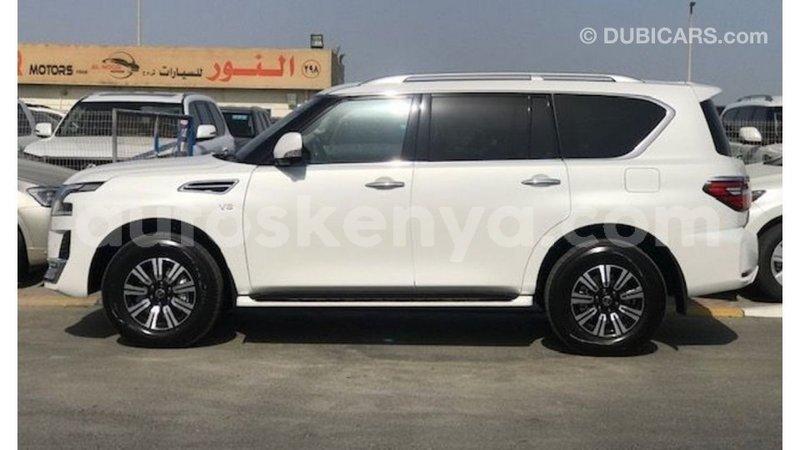 Big with watermark nissan patrol central kenya import dubai 9294