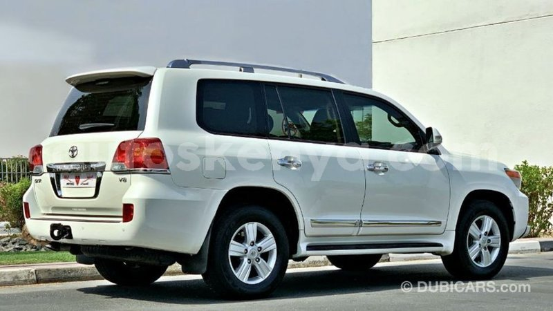 Big with watermark toyota land cruiser central kenya import dubai 9903