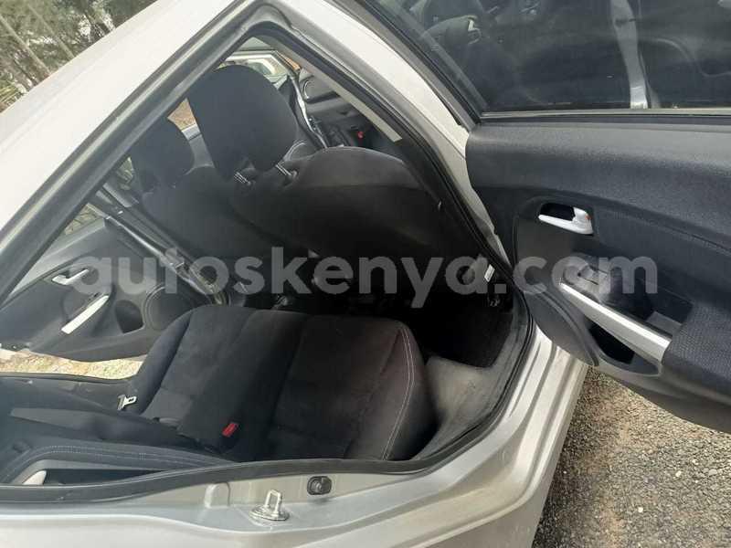 Big with watermark honda insight nairobi kitengela 10372