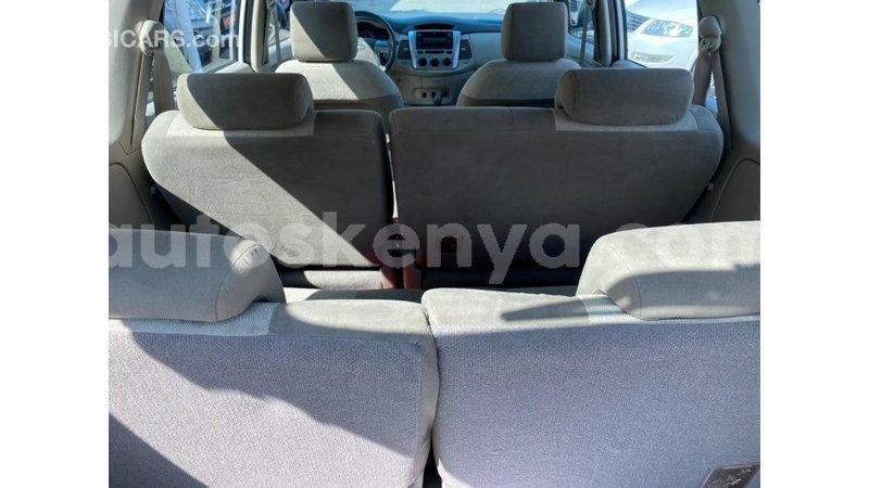Big with watermark toyota innova central kenya import dubai 10386