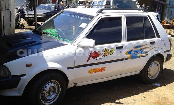 Buy Used Toyota Starlet White Car in Ol Kalou in Central Kenya