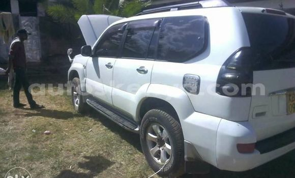 Buy Used Toyota Land Cruiser Prado White Car in Ol Kalou in Central Kenya